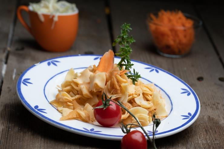 krautfleckerln mit Karottensalat